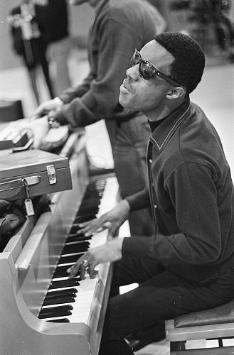 Stevie-Wonder-cieco