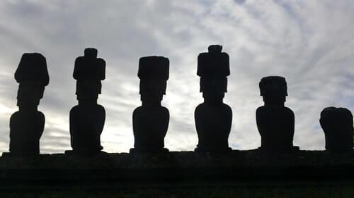 antico-cultura-isola-di-pasqua-moai-genius-loci-spiriti-del-luogo