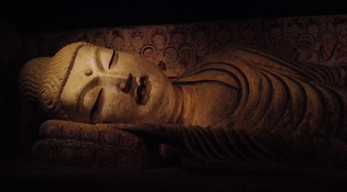 statua-di-buddha-dormiente