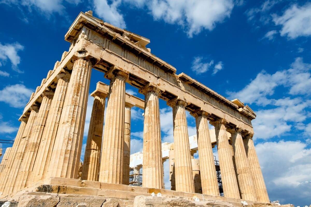 tempio-greco-in-rovina